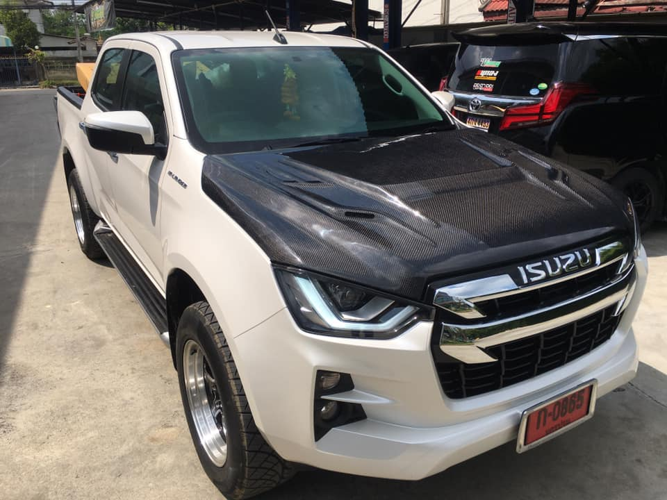 all new isuzu dmax tanutong carbon 07