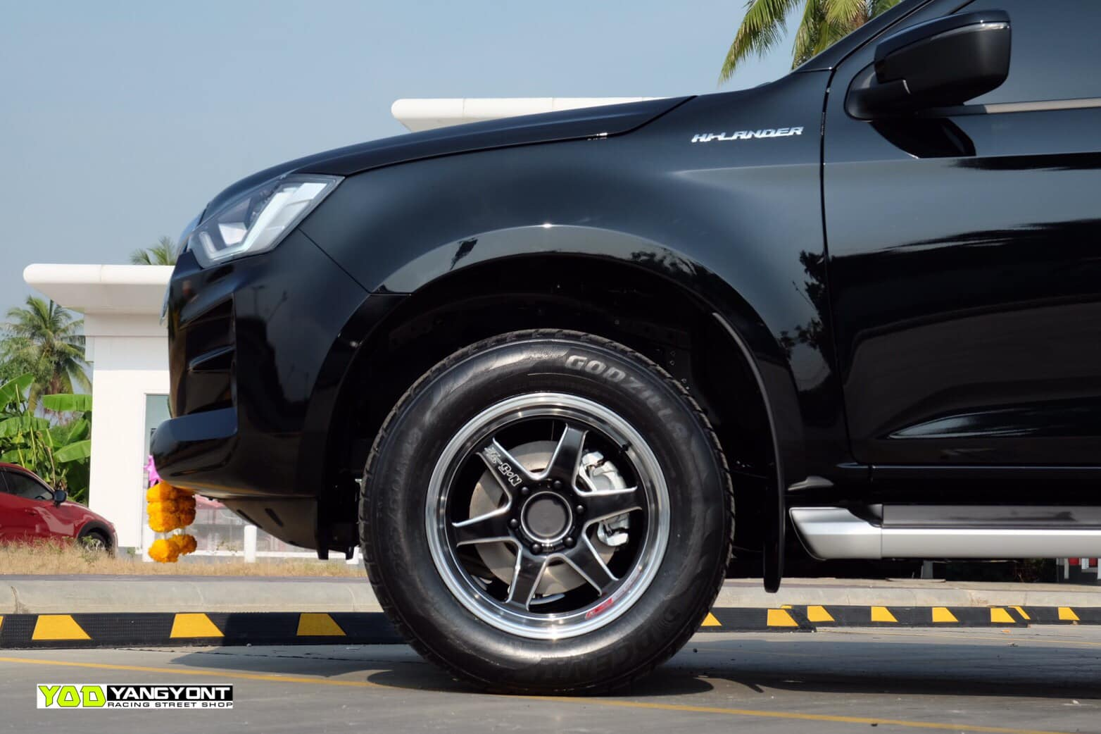 all new isuzu dmax spacecab black 07